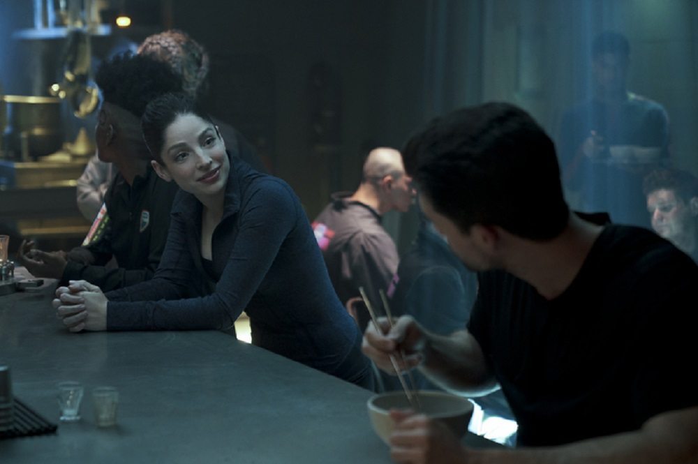 Still of Anna Hopkins as Monica Stuart and Steven Strait as James Holden in The Expanse. Photo courtesy of Amazon Studios.