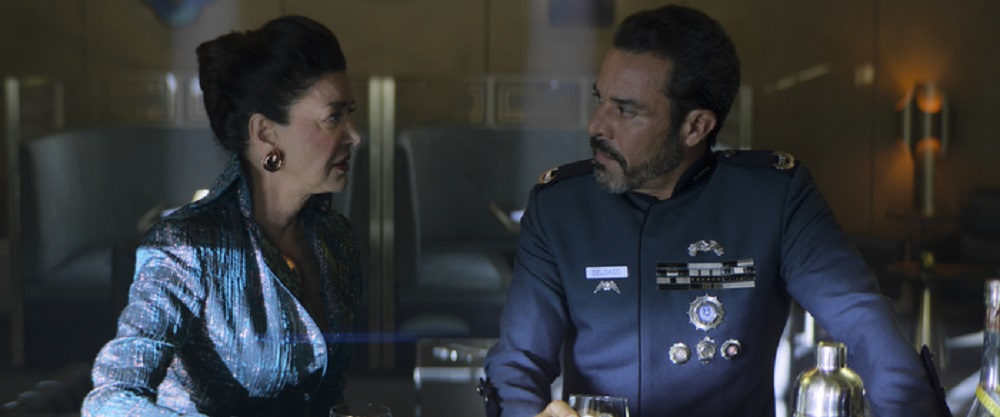 Still of Shohreh Aghdashloo as Chrisjen Avasarala and Michael Irby as Admiral Delgado in The Expanse. Photo courtesy of Amazon Studios.
