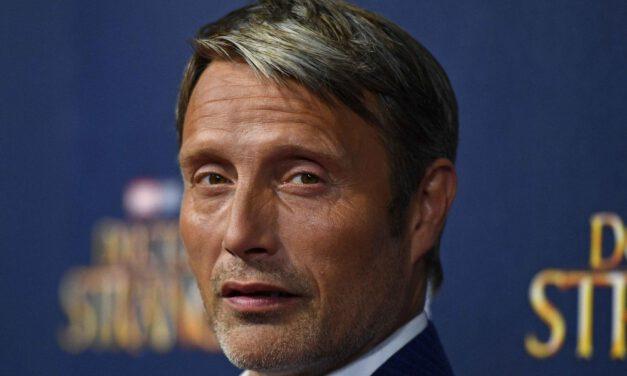FANTASTIC BEASTS 3 Eyeing Mads Mikkelsen to Replace Johnny Depp