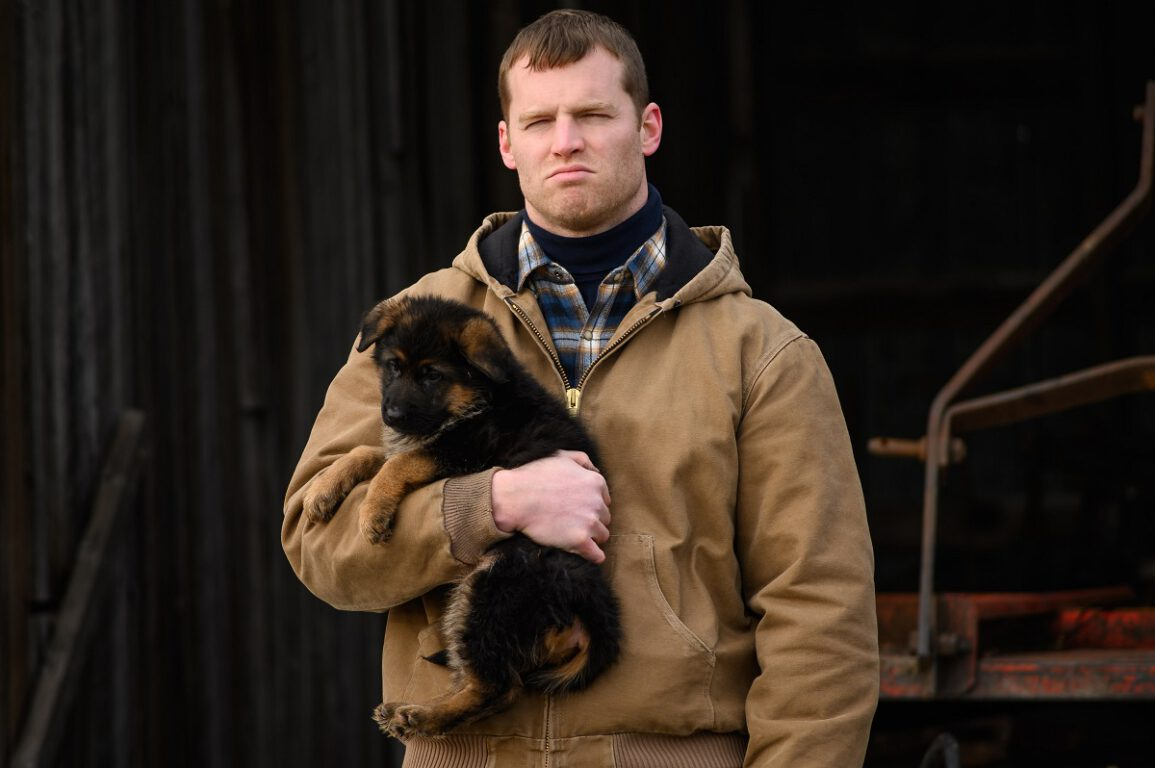 "Still of Jared Keeso in Letterkenny episode ""Kids with Problems."""