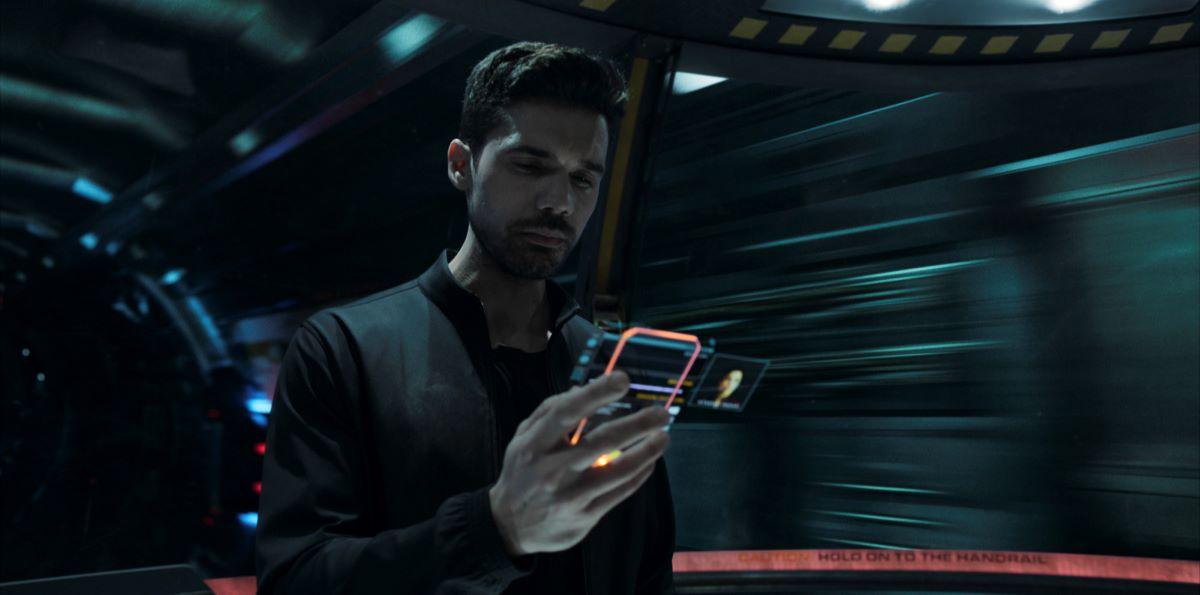 Still of Steven Strait as James Holden in The Expanse.