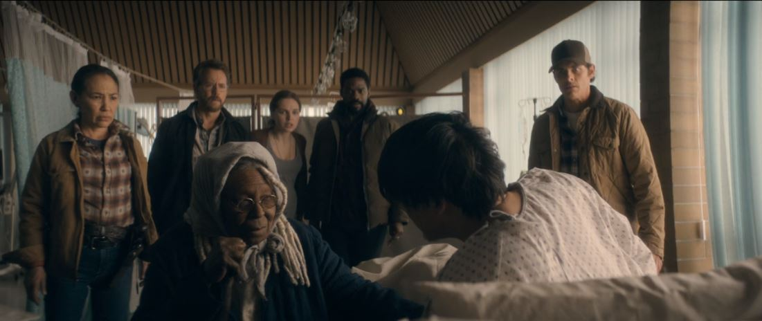Irene Bedard, Whoopi Goldberg, Greg Kinnear, Odessa Young, Jovan Adepo, James Marsden, TJ Kayama in The Stand