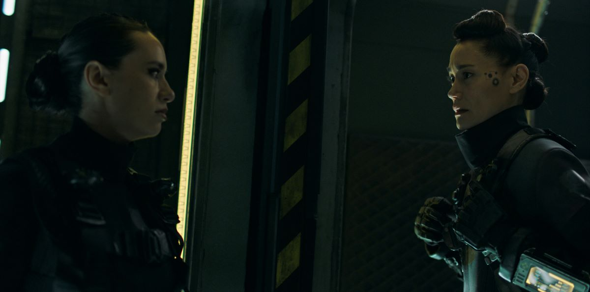 Still of Cara Gee and Sandrine Holt in The Expanse.
