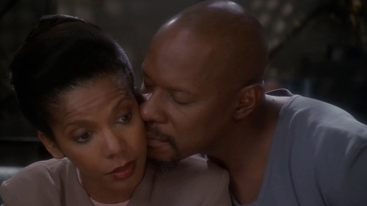 kasidy yates and sisko in Star Trek DS9