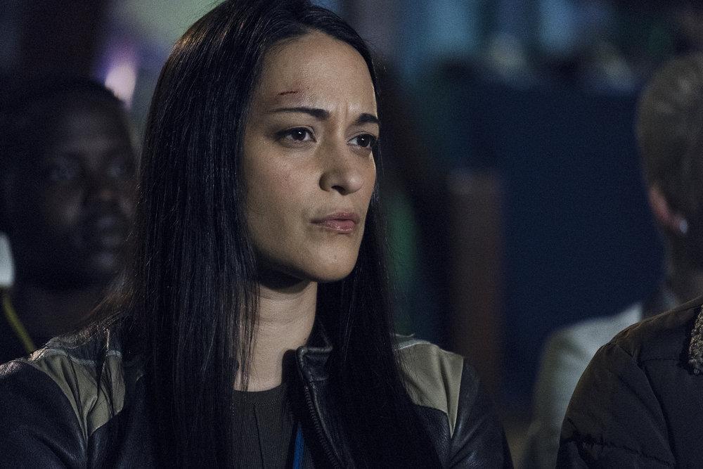 "Still of Sara Tomko in Resident Alien episode ""Welcome Aliens."""