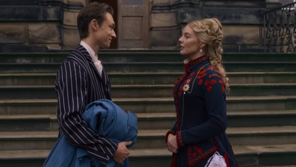Leopold and Louise talking outside of the palace in The Irregulars.