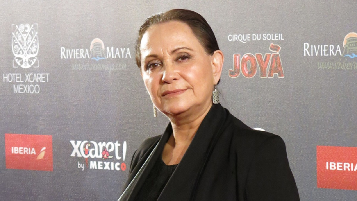 Red carpet photo of actress Adriana Barraza, who will star in Bingo.