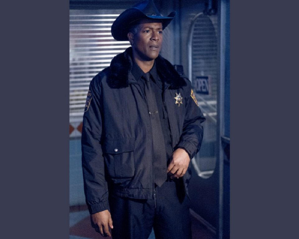 """Still of Corey Reynolds in Resident Alien episode """"End of the World As We Know It."""""""