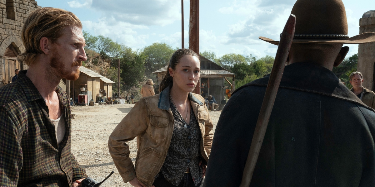 Dwight and Alicia confer with Morgan about their next move on Fear the Walking Dead