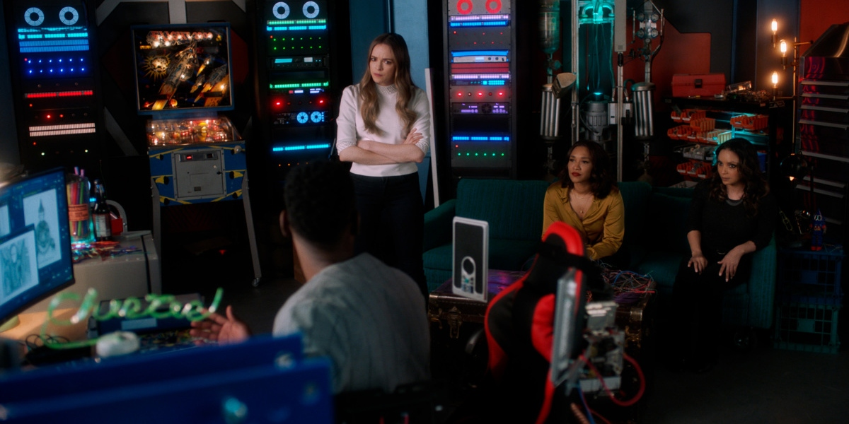 The team researches the latest villain on The Flash