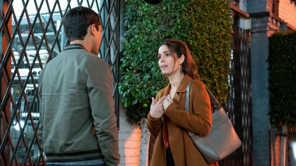 Love, Victor. Isabel and Victor argue outside a gay bar