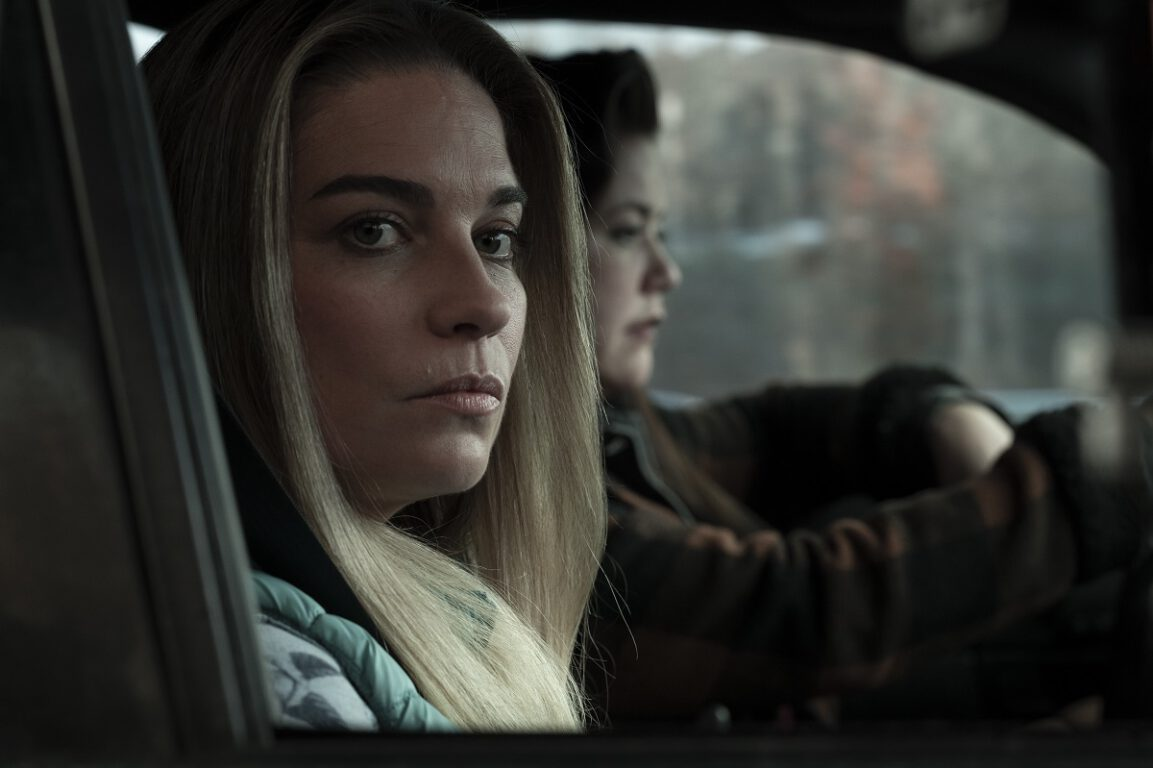 """Still of Annie Murphy and Mary Hollis Inboden in the Kevin Can F Himself episode """"Live Free or Die."""""""