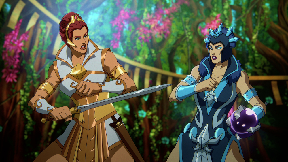 MASTERS OF THE UNIVERSE: REVELATION (L to R) SARAH MICHELLE GELLAR as TEELA and LENA HEADEY as EVIL-LYN in episode 101 of MASTERS OF THE UNIVERSE: REVELATION Cr. COURTESY OF NETFLIX © 2021
