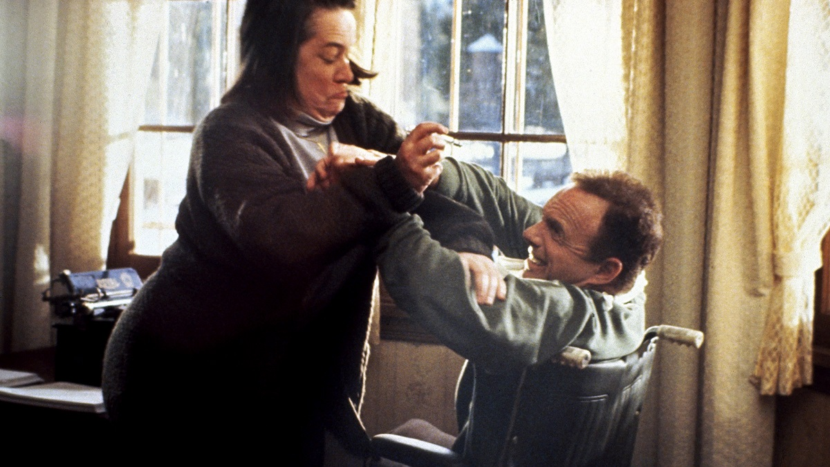 Still of Kathy Bates and James Caan in horror movie Misery.