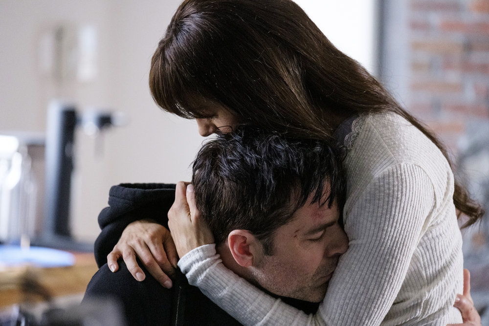 """Still of Tim Rozon and Tennille Read in the SurrealEstate episode """"The House Always Wins."""""""