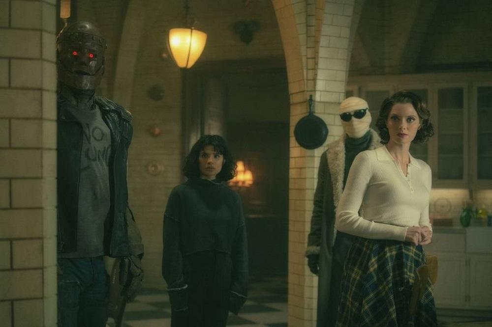 """Still of Brendan Fraser/Riley Shanahan, Diane Guerrero, Matt Bomer/Matthew Zuk and April Bowlby in the Doom Patrol episode """"Dead Patrol."""""""