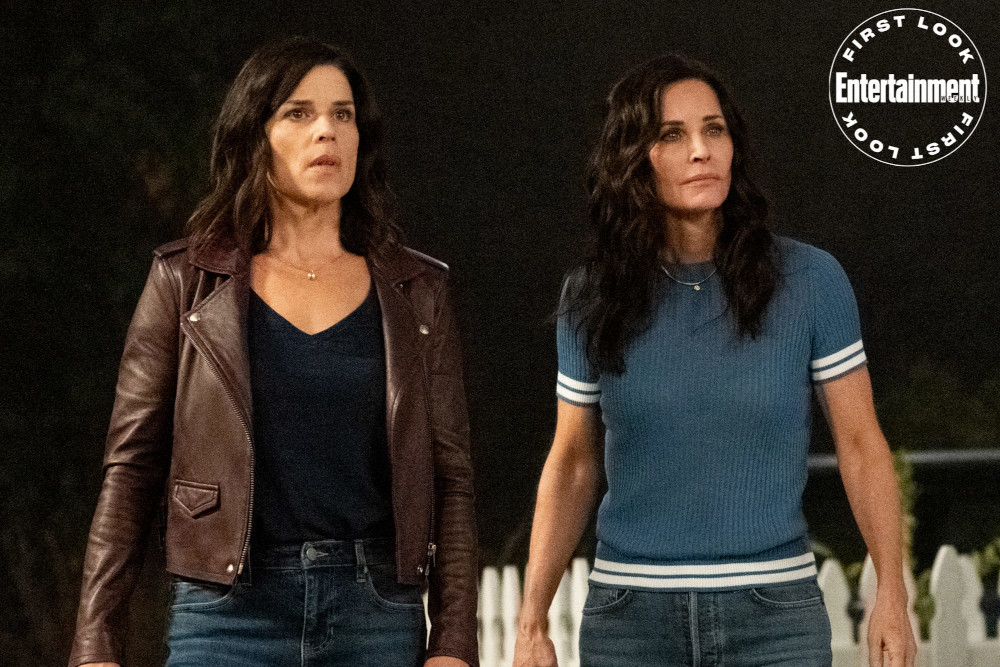 Neve Campbell as Sidney Prescott and Courteney Cox as Gale Weathers in 'Scream' (2022) | Credit: Brownie Harris/Paramount Pictures and Spyglass Media Group